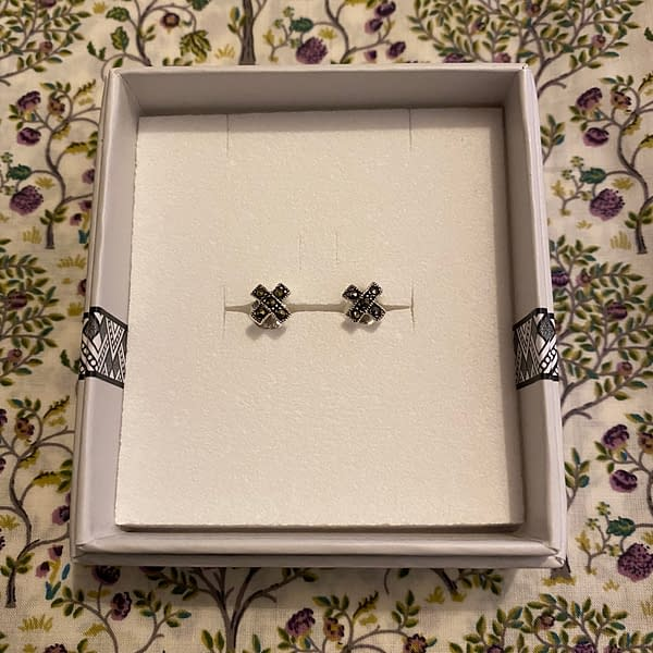 Marcasite Kiss Earrings Boxed