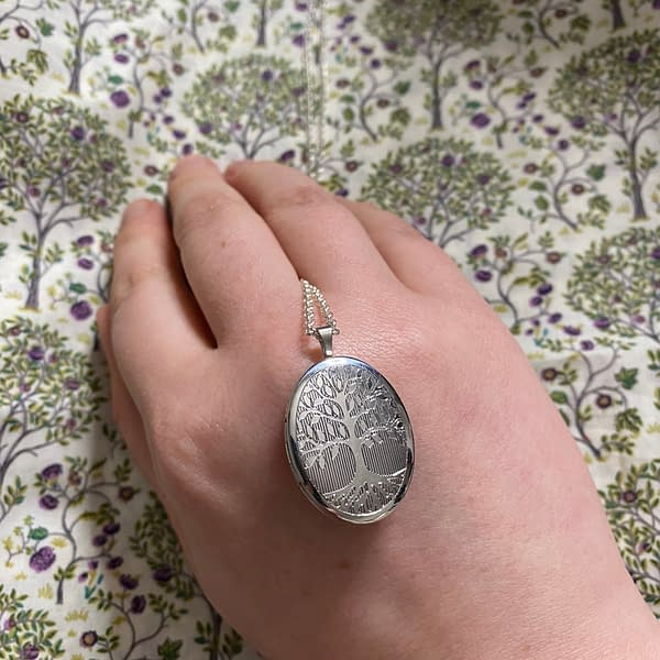 tree of life locket oval small on LJ