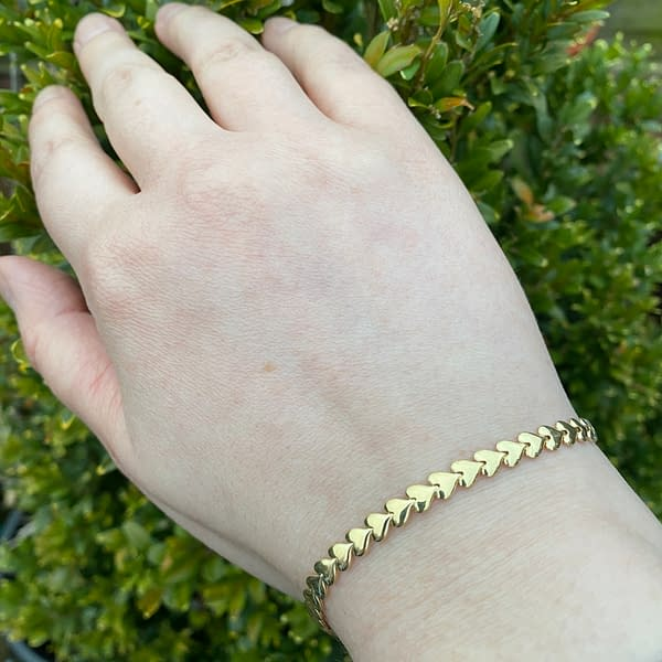 Golden Flat Heart Bracelet Outside